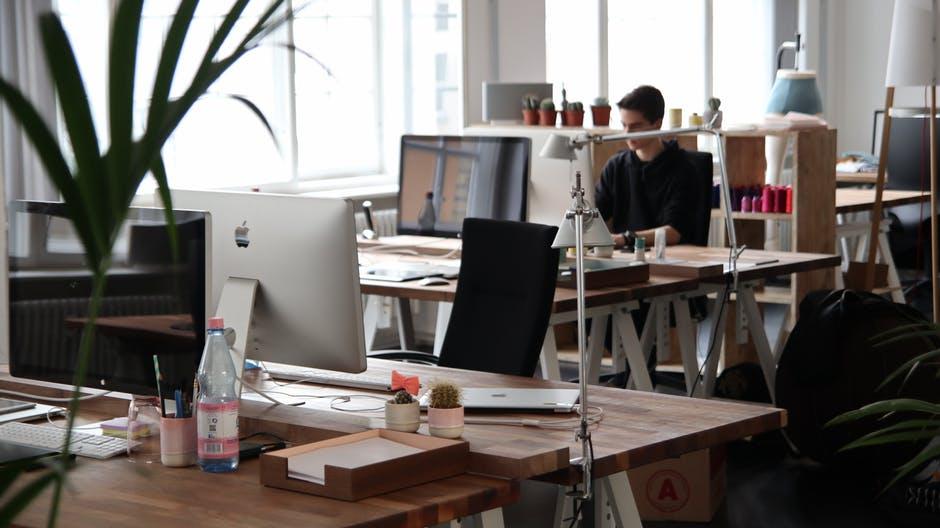 8 cosas para observar mientras trabajas desde casa